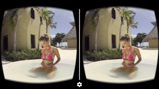 modele-bikini-charme-mailot-bain-realite-virtuelle-360-iphone-ipad